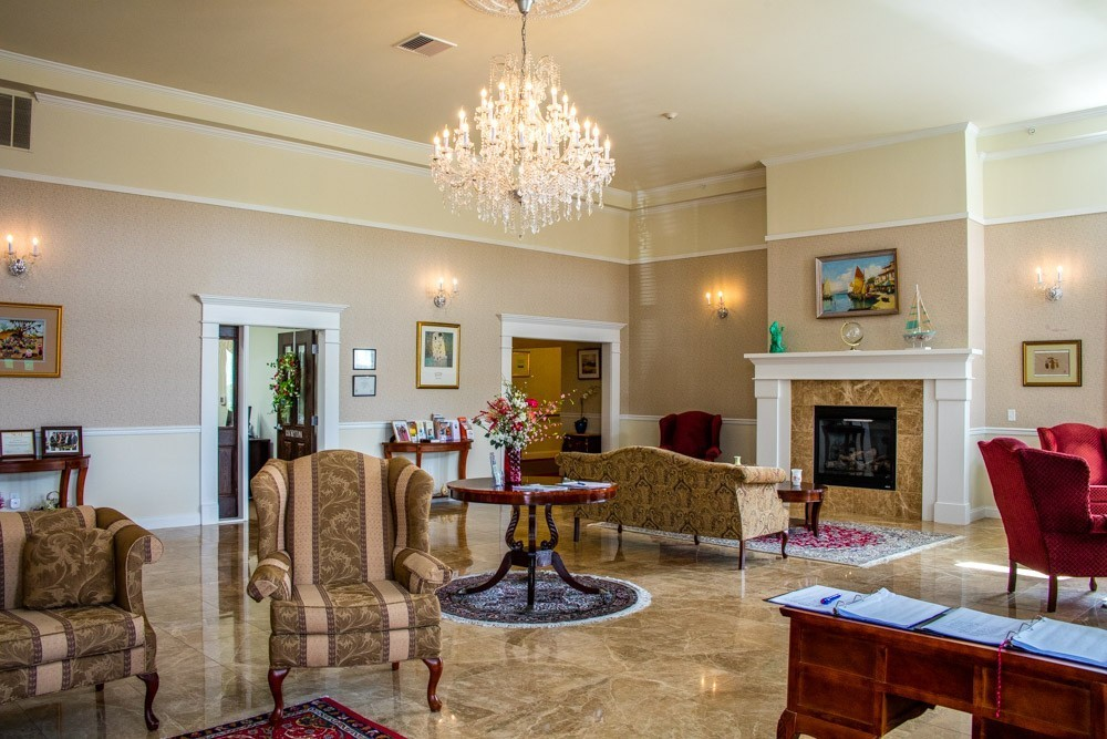 We have a luxurious lobby for the enjoyment of residents and visitors alike.
